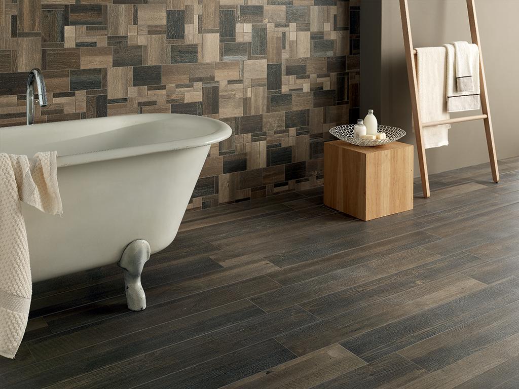 Rivestimento bagno effetto legno e pietra pavimenti piastrelle